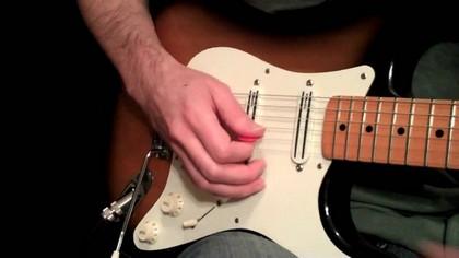 постановка правой руки на электрогитаре